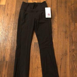 Lululemon Groove Pant Straight Size 6 Black